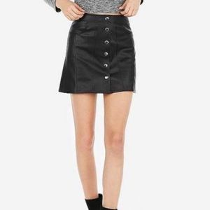 NWT button-down faux leather skirt with pockets